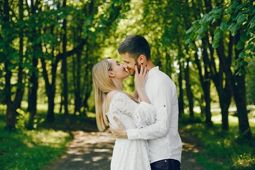 How To Create A Happy Spiritual Love Relationship, How To Get Him Back, Return Lost Love, Attract Soulmate, How To Be Irresistible.