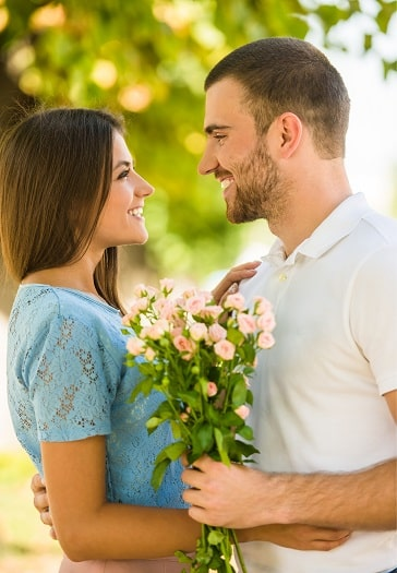 Magical Relationship Tips And Secrets To Effortlessly Becoming A Love Magnet.